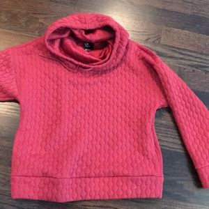 GAP pullover performance top